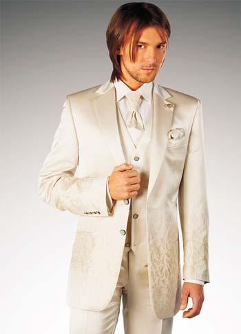 Бежевый мужской свадебный костюм 2015 фото