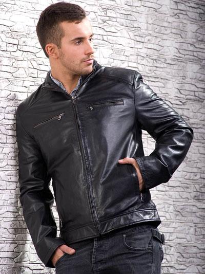 Мужская куртка из экокожи фото