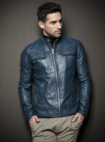 Молодежная мужская куртка из экокожи фото