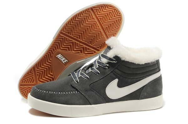 Мужские зимние кроссовки Nike с мехом фото