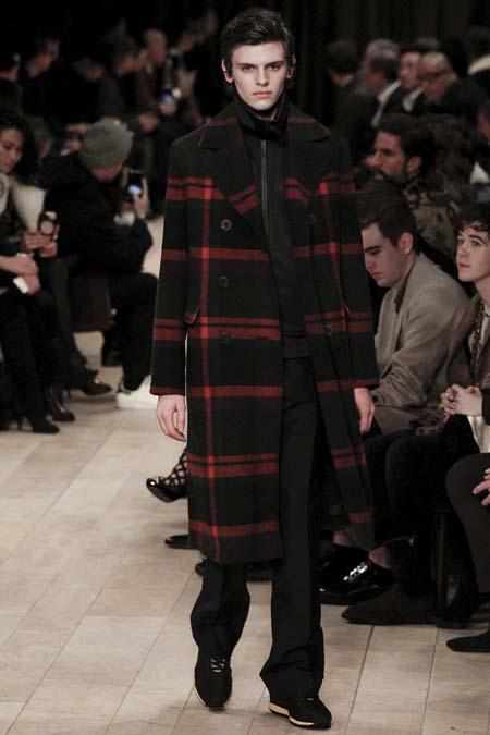 модное пальто в клетку 2017 фото