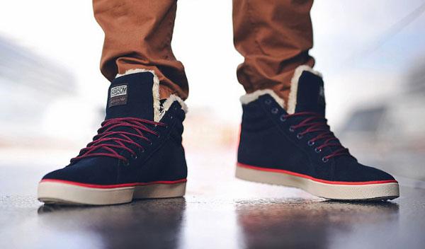 синие мужские зимние кроссовки с мехом фото