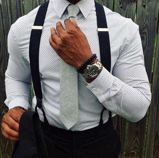 Стильная мужская рубашка с длинным рукавом мелким принтом