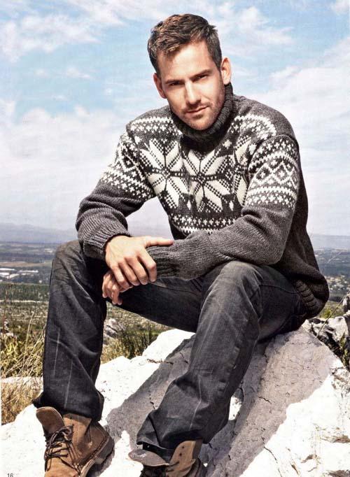 вязаный мужской свитер с высоким горлом фото