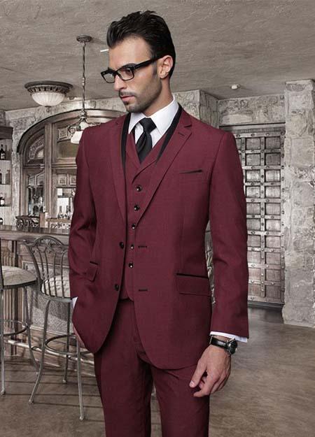 бордовый мужской костюм тройка фото