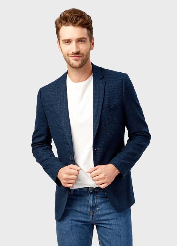 синий плотный мужской пиджак фото