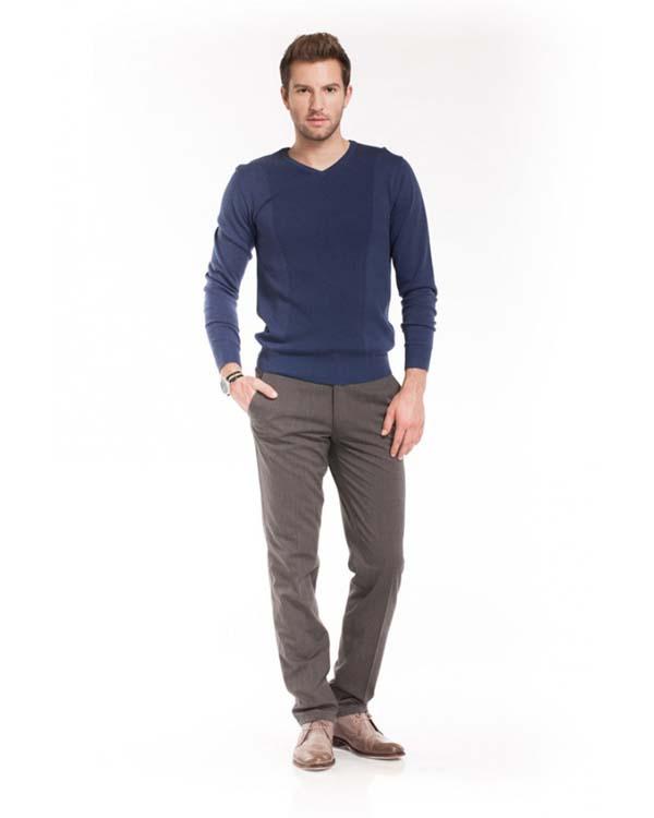 модные серые брюки слаксы фото