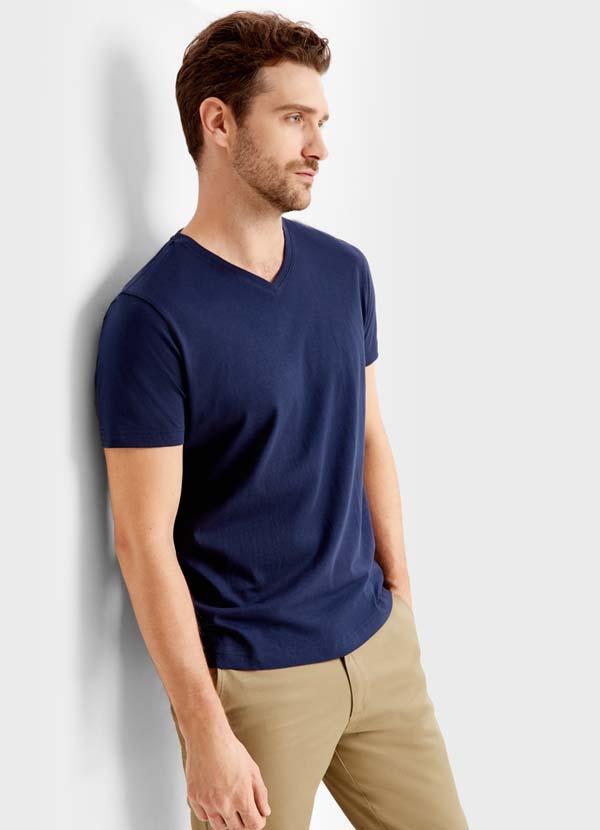 синяя футболка 2018