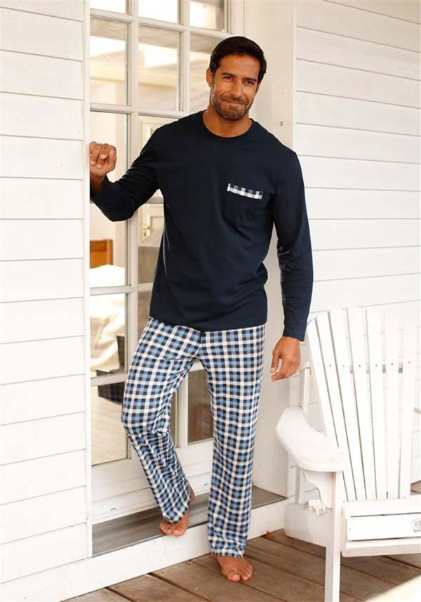 красивая мужская пижама