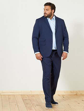 модный мужской костюм для полного