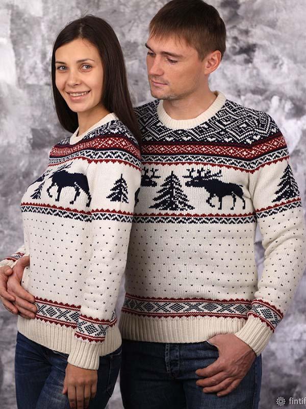 свитер с оленями для двоих фото